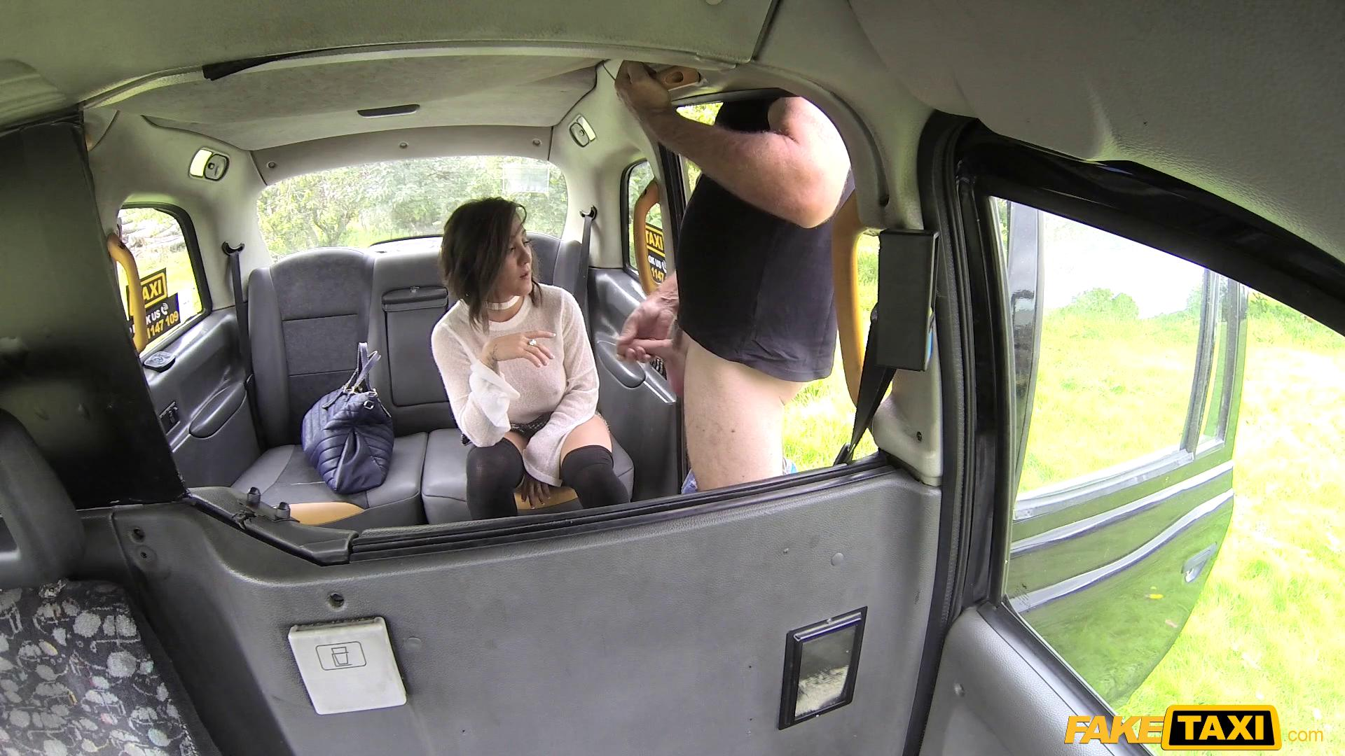 FakeTaxi – Betty Foxxx
