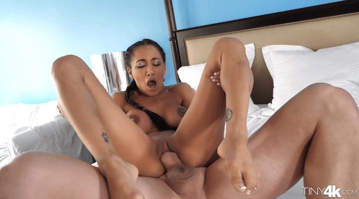 Tiny4K – Bouncy For Dick – Amia Miley
