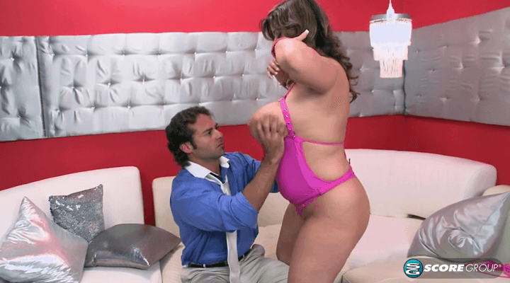 PornMegaLoad – Alix Lakehurst Dancing At The Big Girl Strip Club