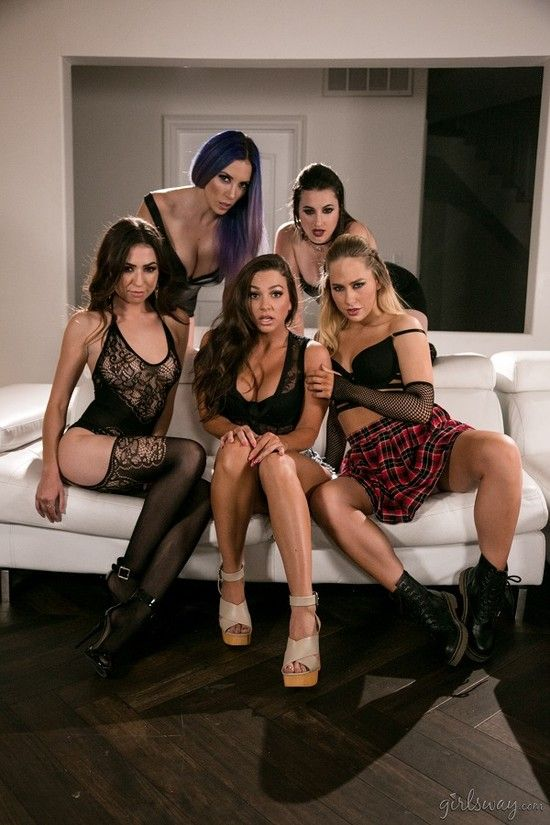 GirlsWay – Vampires Part – Welcome The Family